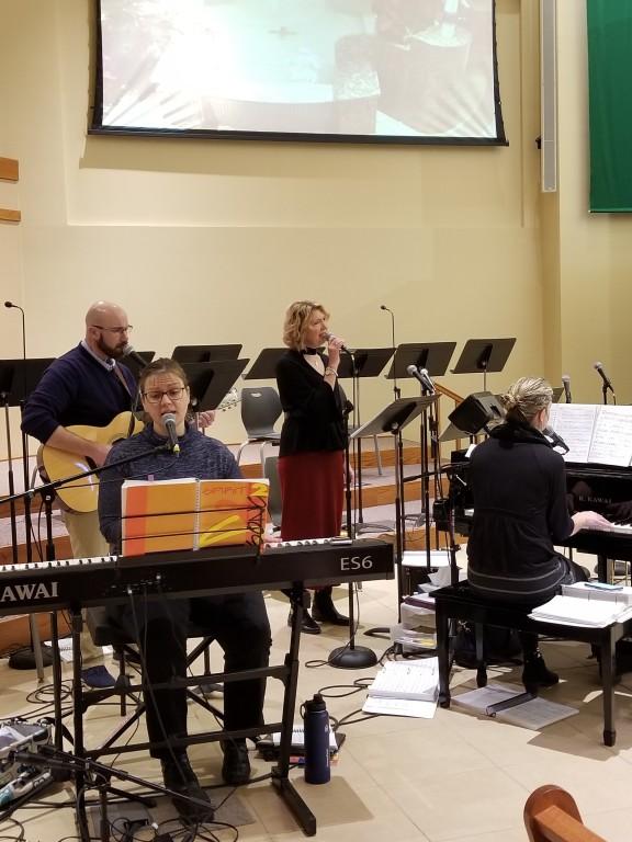 8 a.m. Mass Choir - Kim, Christine, Paul and Karen