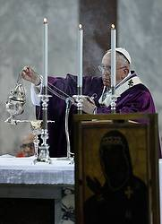 Pope celebrates Ash Wednesday Mass