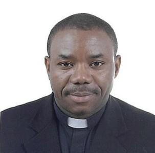 Photo of Rev. Andrew Kunambi