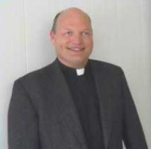 Photo of Rev. Christopher Hanley