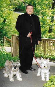 Photo of Rev. Mark Logue