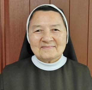 Photo of Sister Nisla Young