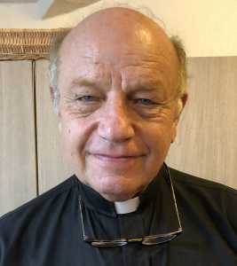 Photo of Father Bob WISEMAN, C.S.C. Wiseman, C.S.C.
