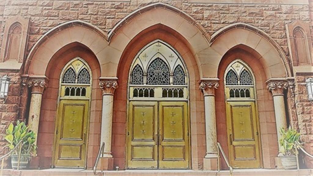 The Church of St. Andrew & St. Paul Church (Presbyterian), Montréal, QC.    Sanctuary - Interior   Pinterest   Musique, St andrews and Churches