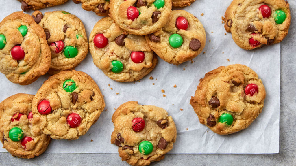 cookies with Christmas decor