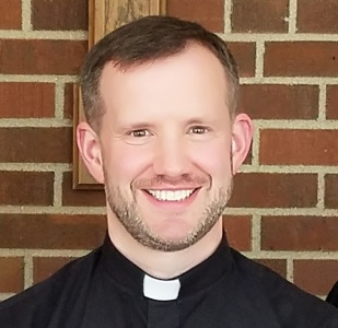 Photo of Father Chris Shofner