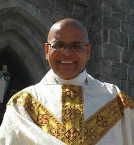 Photo of Father / Pdre L. Henry Agudelo