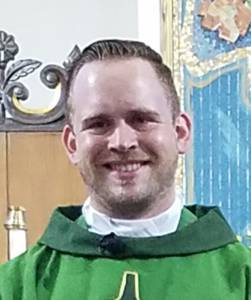 Photo of Fr. Daniel Richards