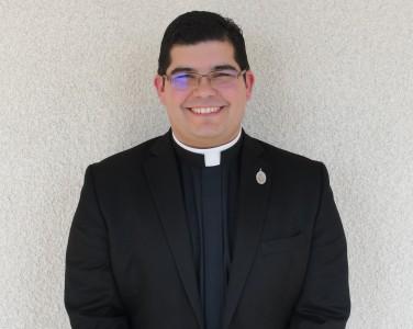 Photo of Rev. Bernardo Lara