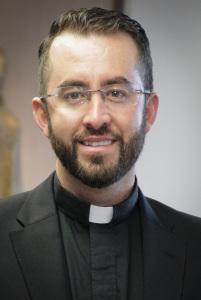 Photo of Fr. Martín Estrada