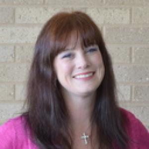 Photo of Erin Selinger