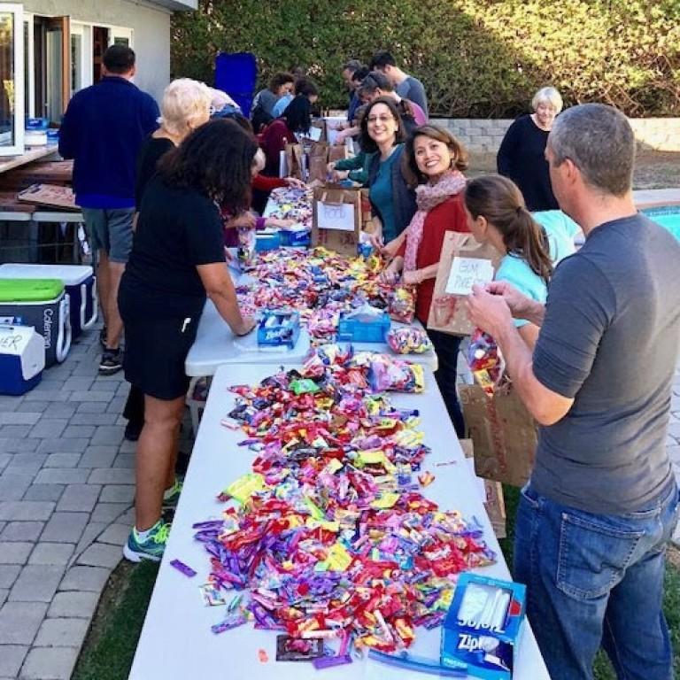 Casa de los Pobres candy sorting